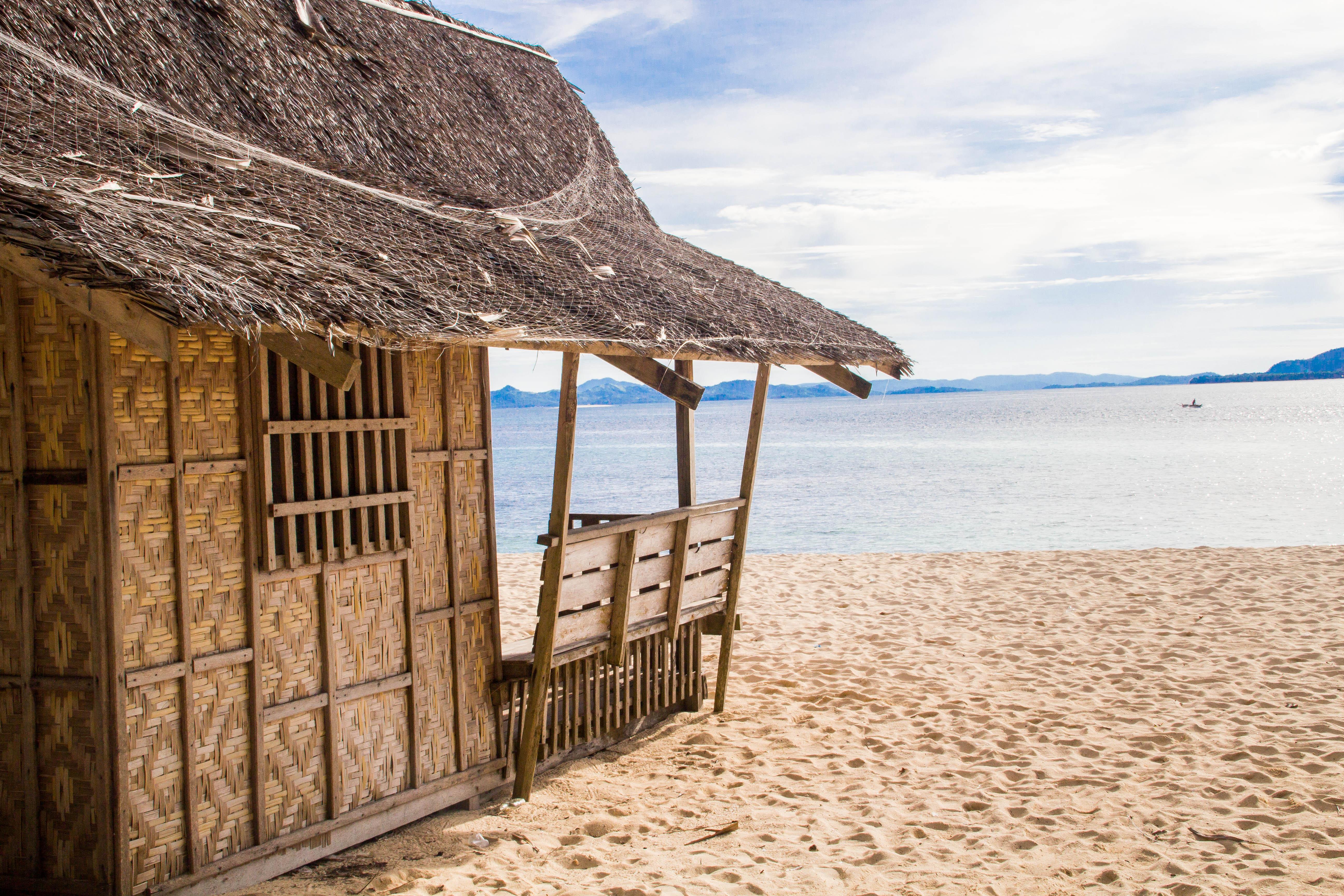 Strandhydda med härlig utsikt. Foto: Patrik Enlund