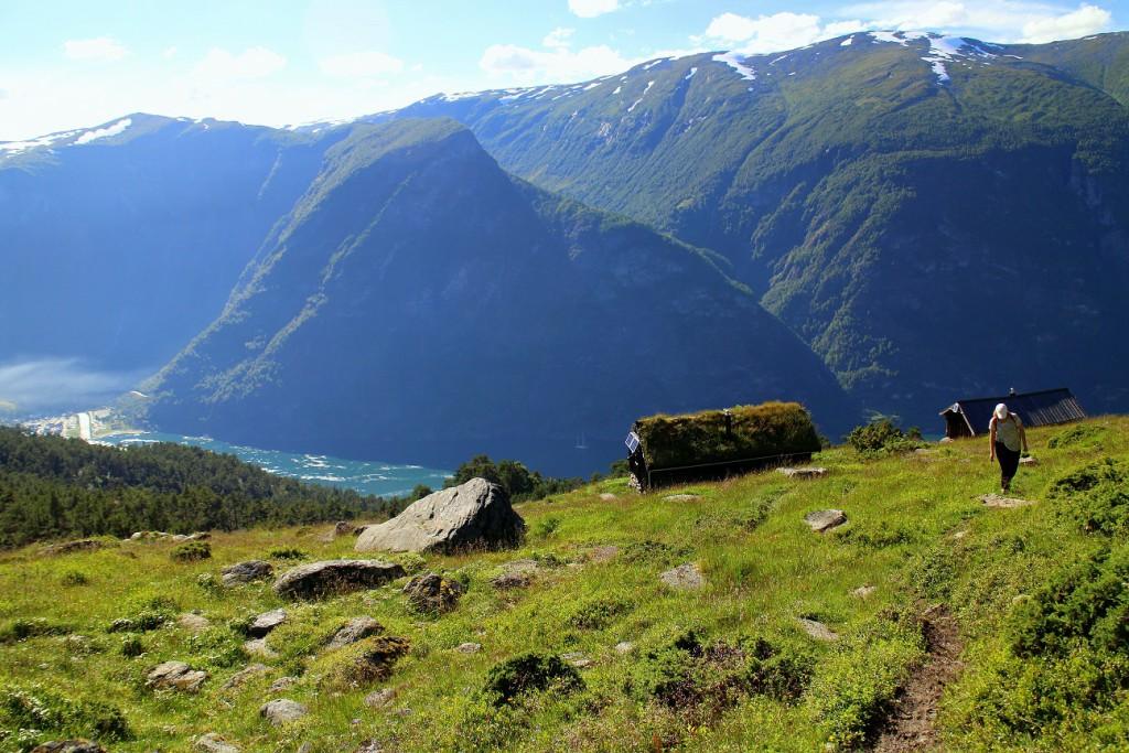 Vandring i bergen runt Flåm i Norge påväg mot Joasete. Bild: Josefine Nilsson