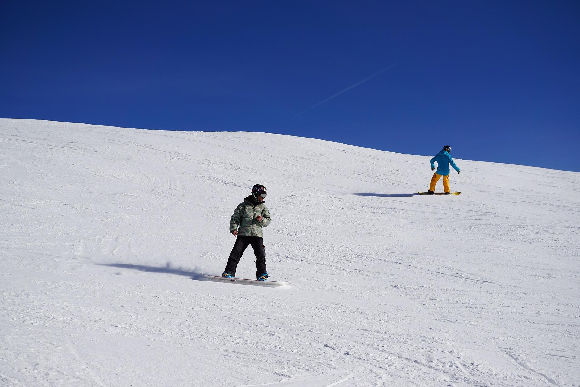 snowboard-618536_1920