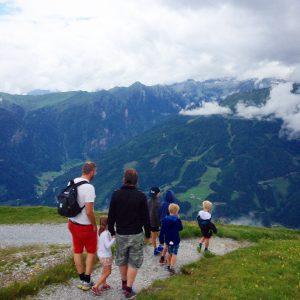 Till Alpernas slingriga stigar söderöver...