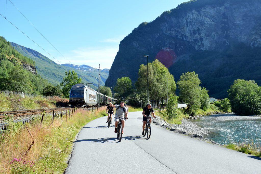 Flåm är en populär destination för cykelturister. Foto: Josefine Nilsson