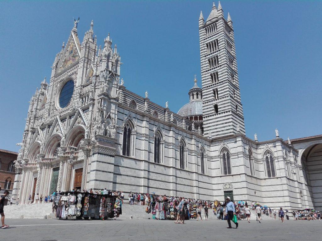 Sienas katedral är byggd i ren marmor