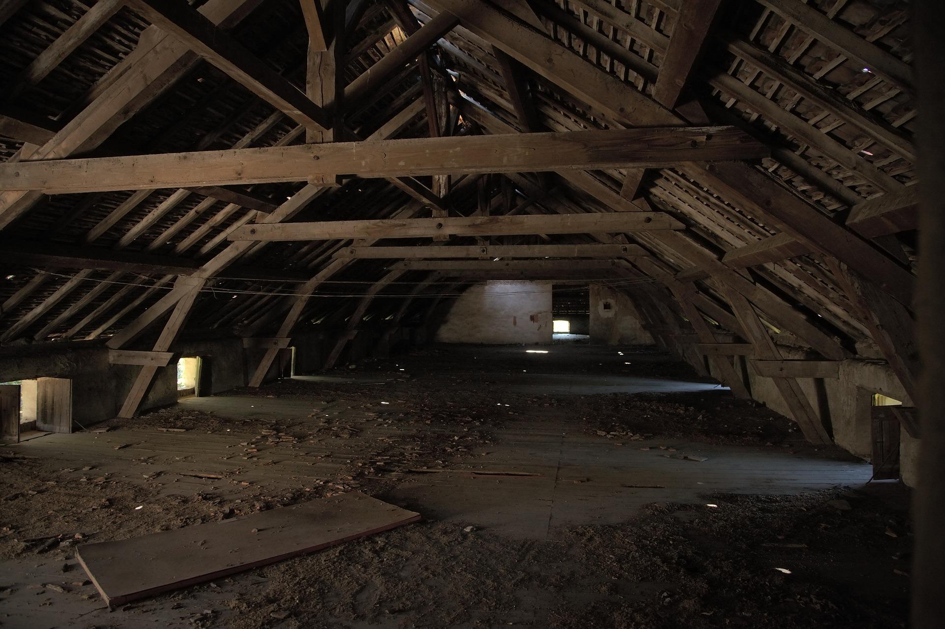 attic-1772705_1920